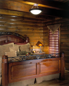 log home interiors 23 - Rogers_bed